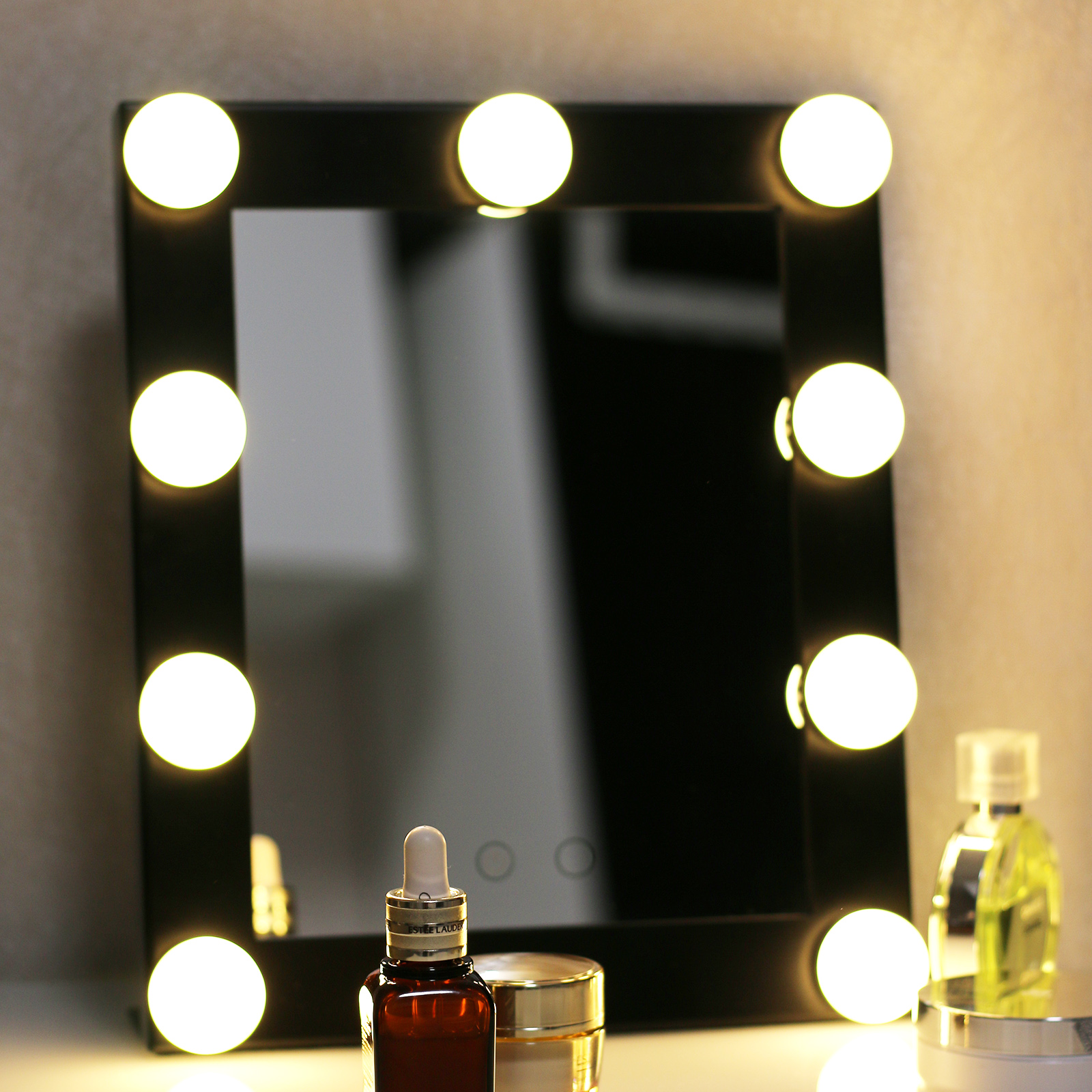 Vanity Lighted Hollywood Makeup Mirror with Lights Dimmer Stage Beauty  Mirror Q