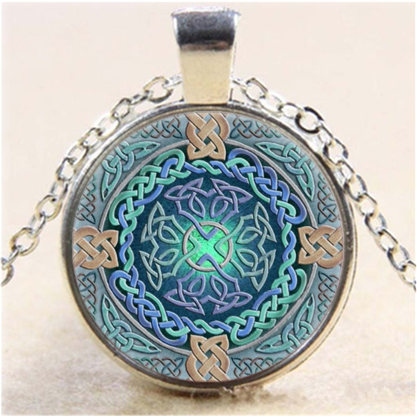 Shamrock And Celtic Photo Cabochon Glass Tibet Silver Chain Pendant Necklace