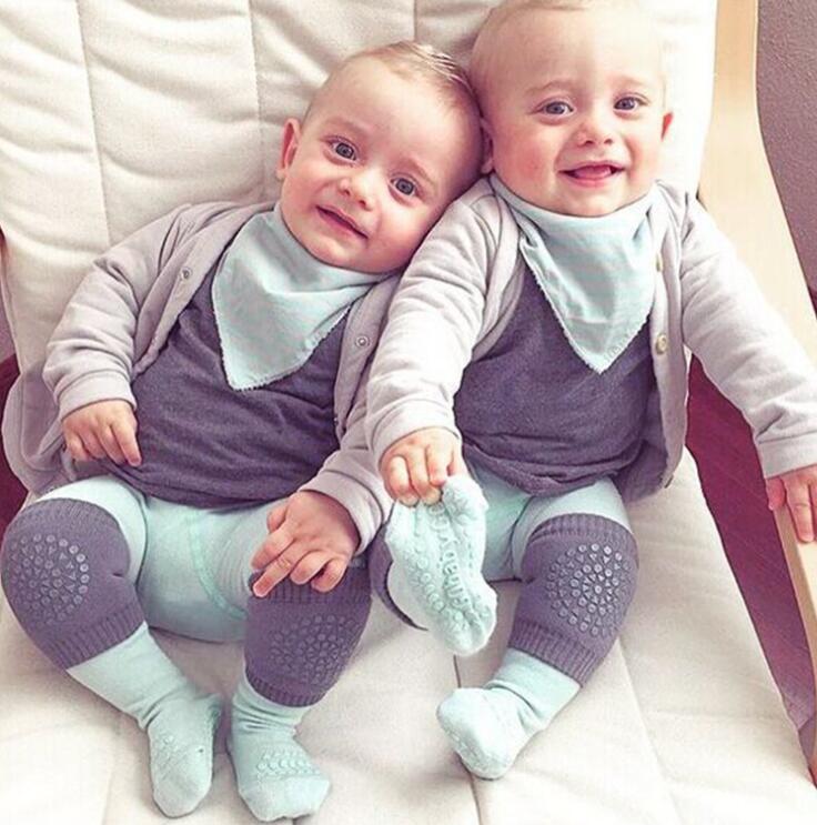 Jungen und Mädchen Baby Knieschoner für das erste Krabbeln und Laufen