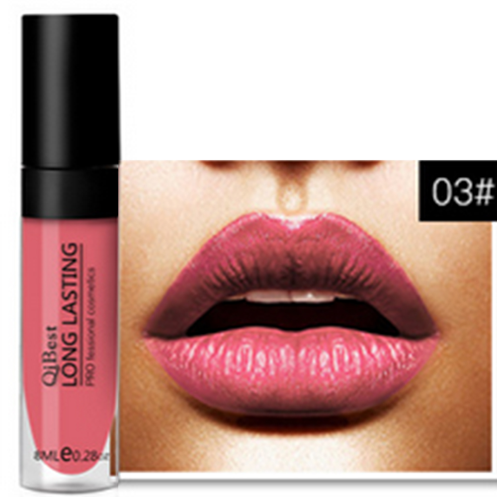Lipstick effect on lips