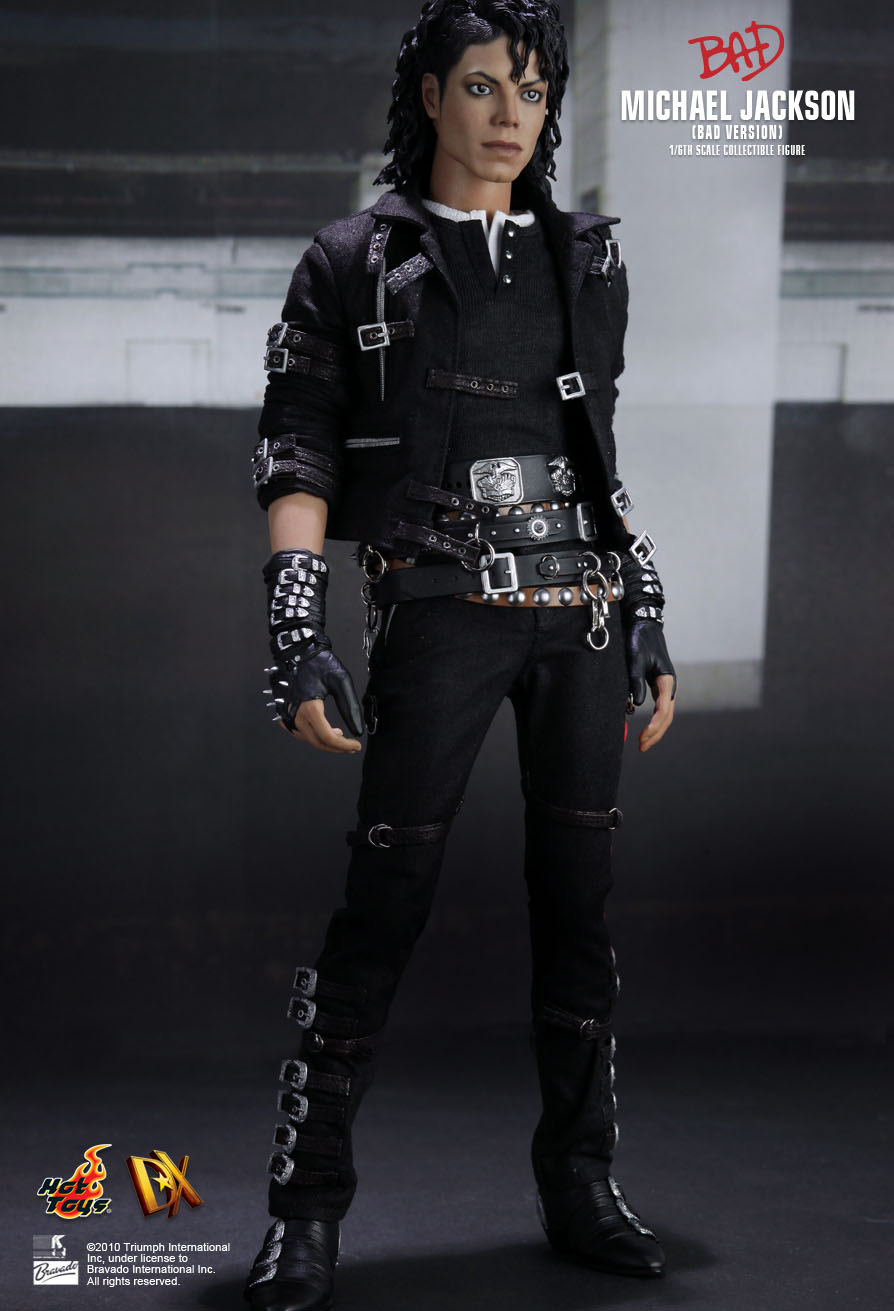 Hot toys 1 6 michael jackson dx03 bad version masterpiece for Three jackson toy
