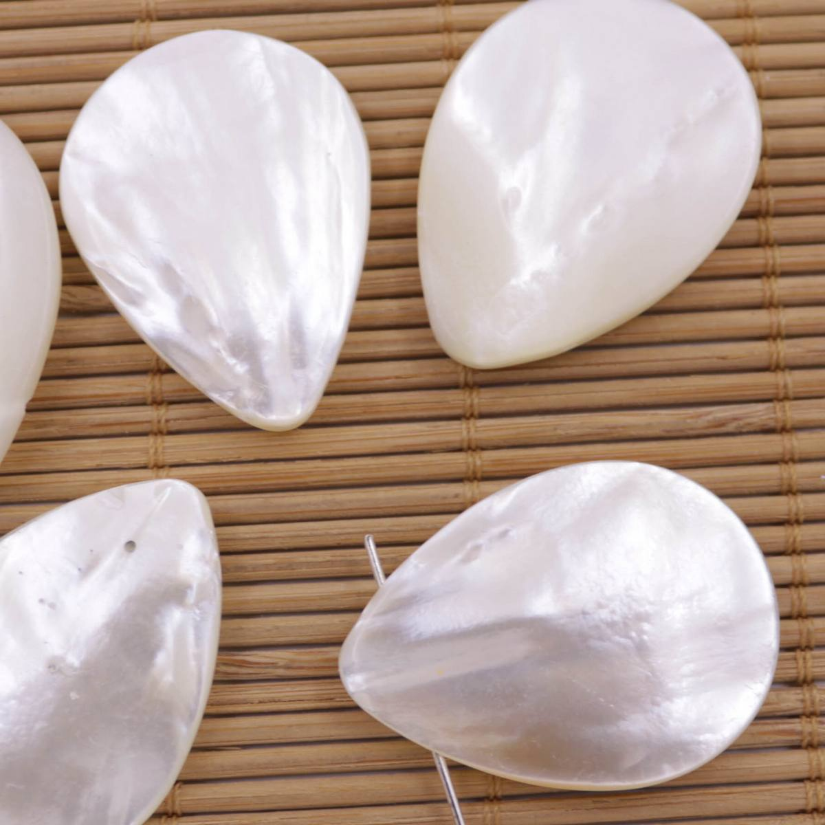 5 Pcs Teardrop Sea Shell Natural White Mother Of Pearl Top Hole Choose 18mm 35mm Ebay