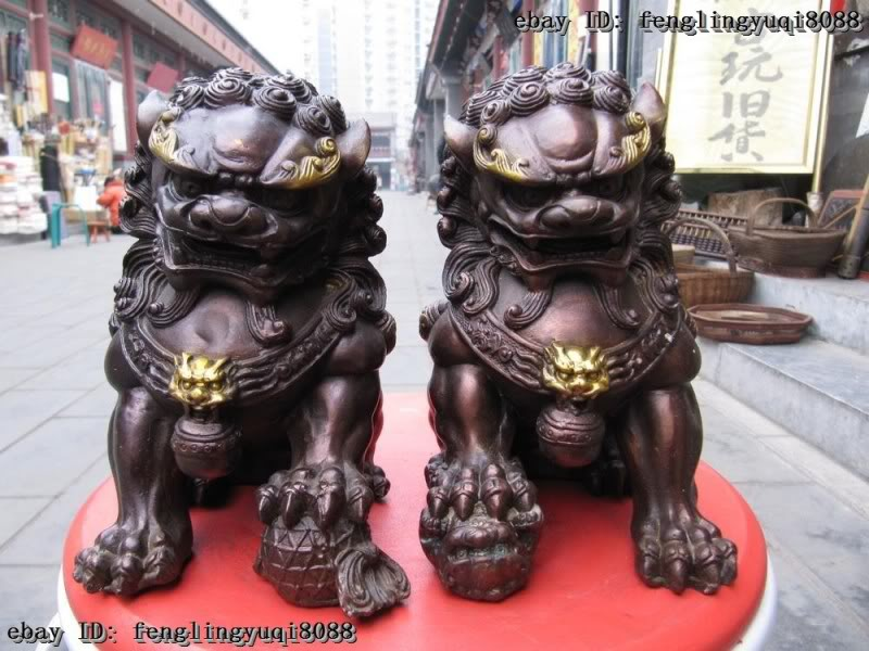 Pair Feng Shui Pottery Porcelain Lion Statue Evil Guardian Door Fu Foo Dog