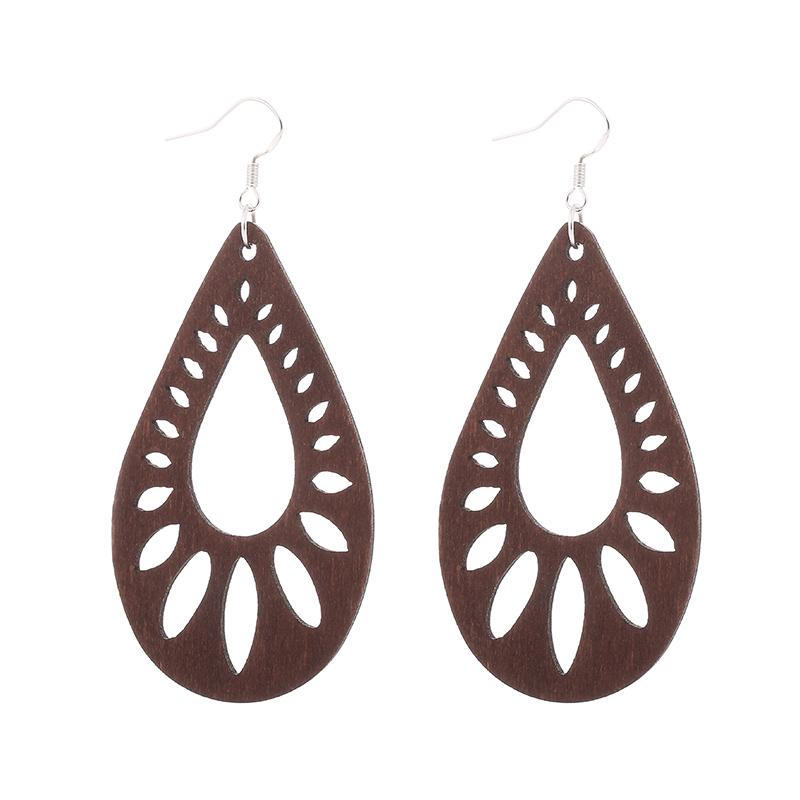 1 Pair Wood Earrings brown Hollow African Woman Earrings Pendant 4.5x7cm E313
