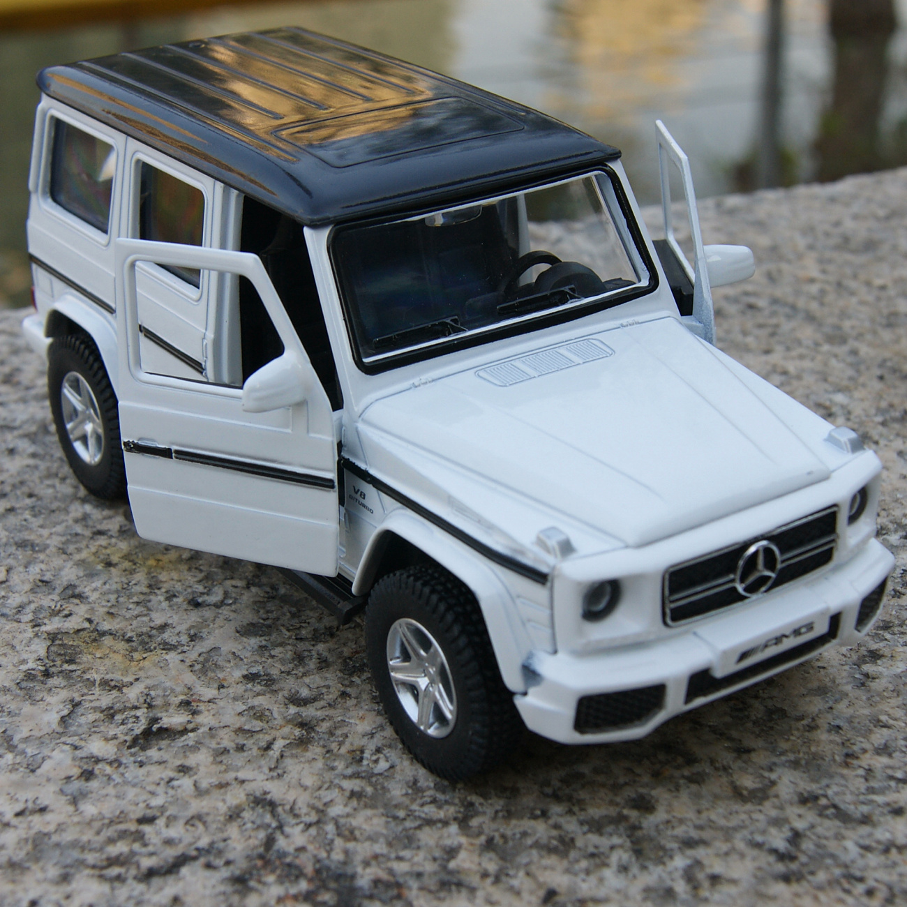 alloy diecast model cars mercedes benz g63 amg pull back 1 35 toys gifts white ebay. Black Bedroom Furniture Sets. Home Design Ideas