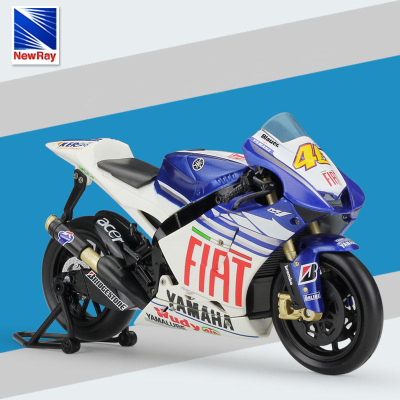 YAMAHA YZR-M1 Fiat Team Valentino Rossi Moto GP 1:12 Motorcycle Model With Case