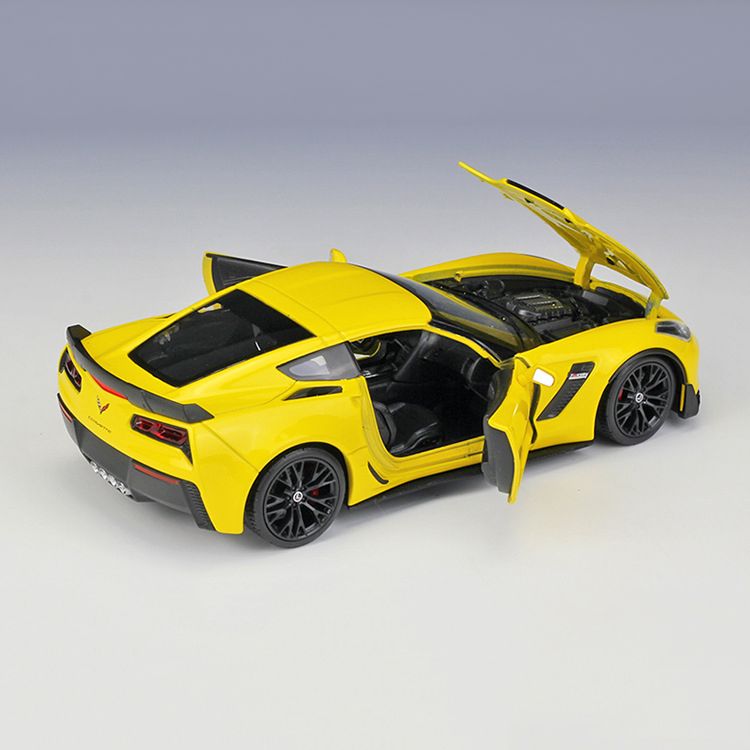 Welly FX Series 1:24 2017 Chevrolet Corvette Z06 Yellow
