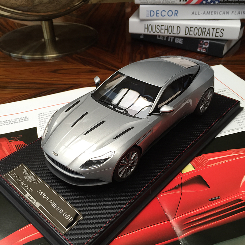 Frontiart SA 1:18 Aston Martin DB11 Resin Car Model Collection With Arcylic Box