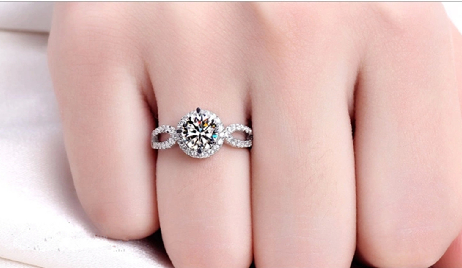 AAA Gorgeous Size 5,6,7,8,9 White Sapphire 18K Gold Filled Women\'s ...
