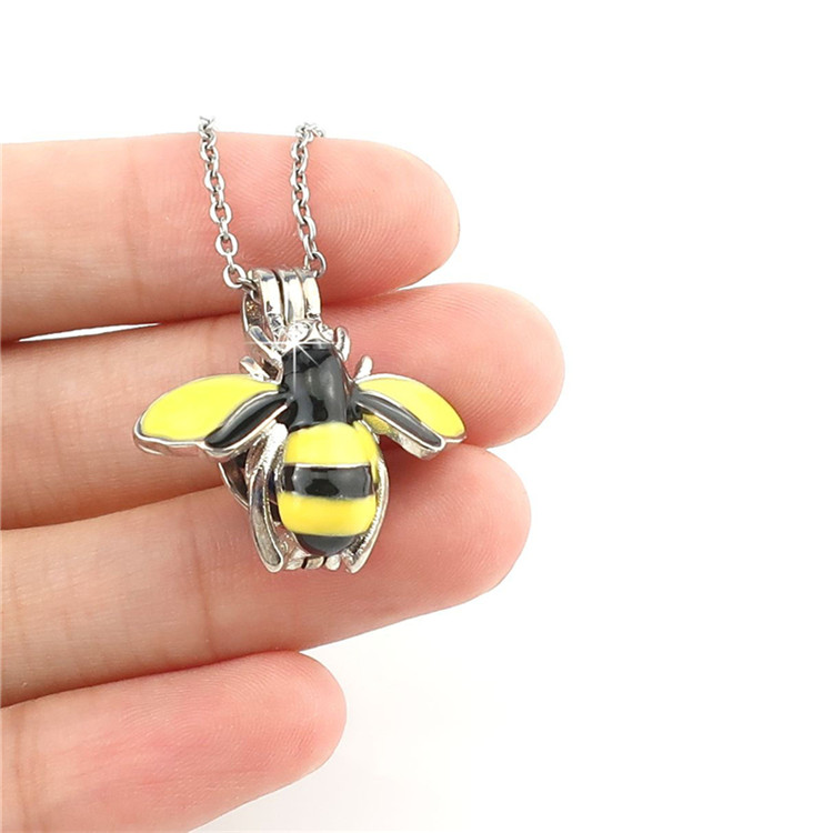 """K1059 Enamel Wing Insects Beads Cage Pendant Diffuser Locket Necklace 18/"""""""