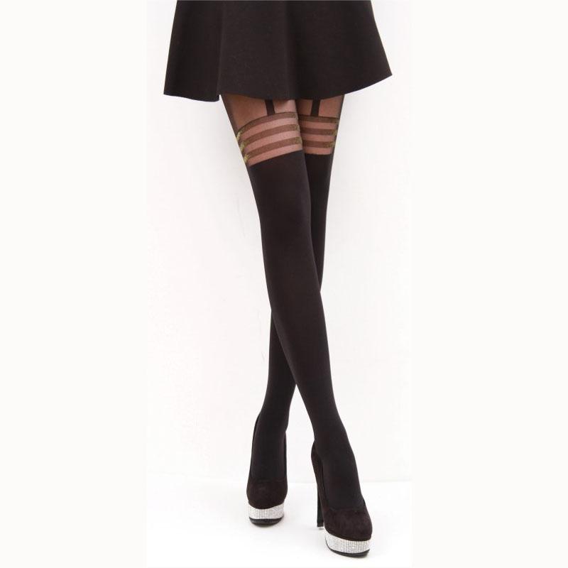 stockings-factor-pantyhose-hunter-boy-girl-girl-lick