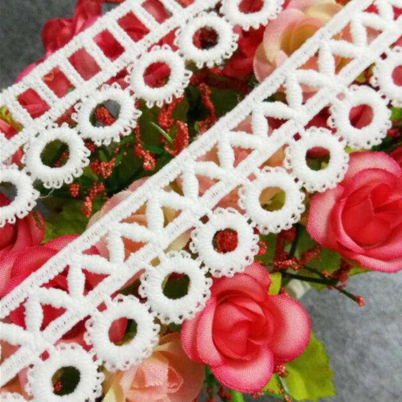 1 Yard Geometrische Blumen Spitzenborte Borte Bordüre Spitzenband Band Besatz