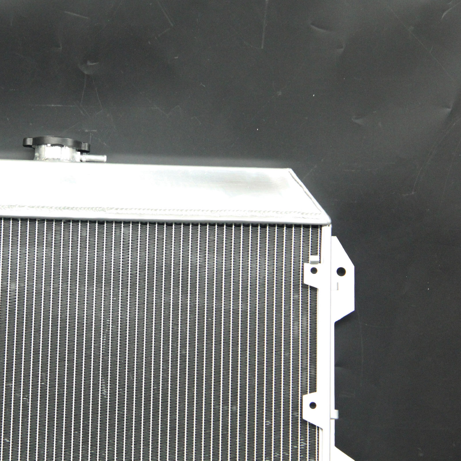 Fit 75-83 Datsun Nissan 280Z 280ZX L6 2.8L AT//MT 3Row Core Aluminum Radiator
