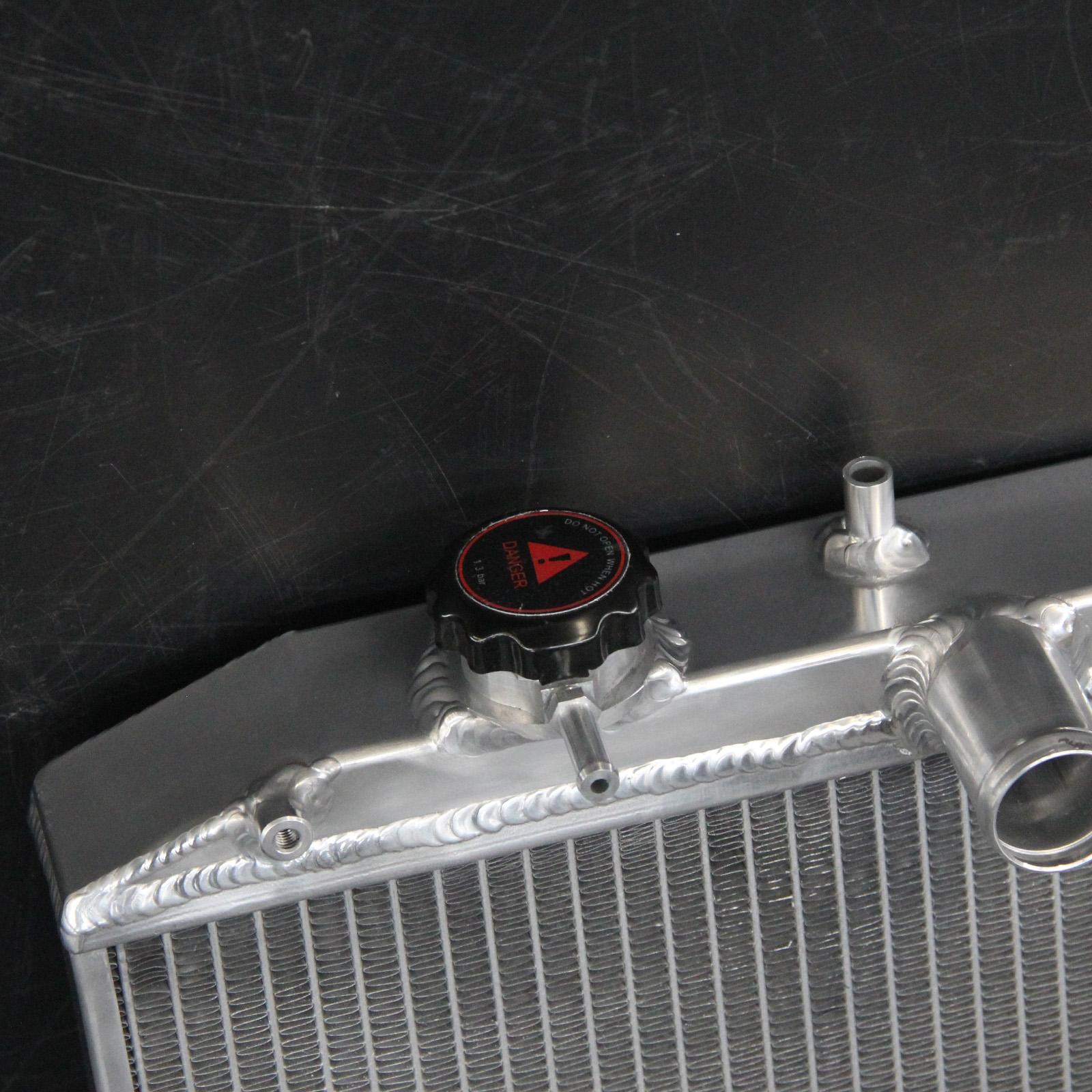 2-Row/CORE Aluminum Radiator+Fan Shroud For Honda Civic Acura EL D16Y8 L4  92-00